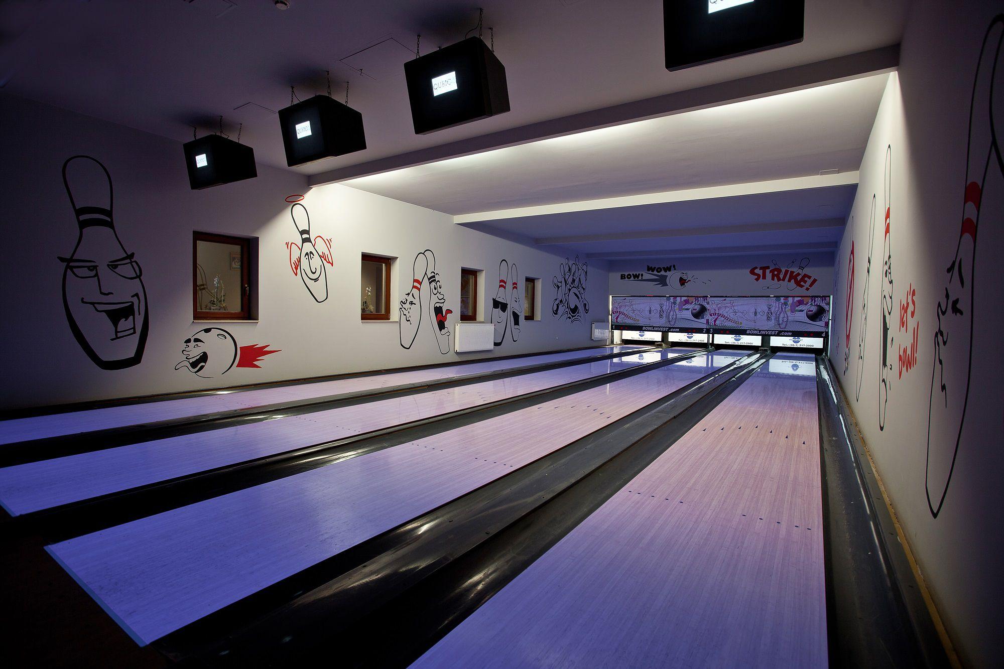 Greenfield Pub & Bowling | Diamant Hotel ****